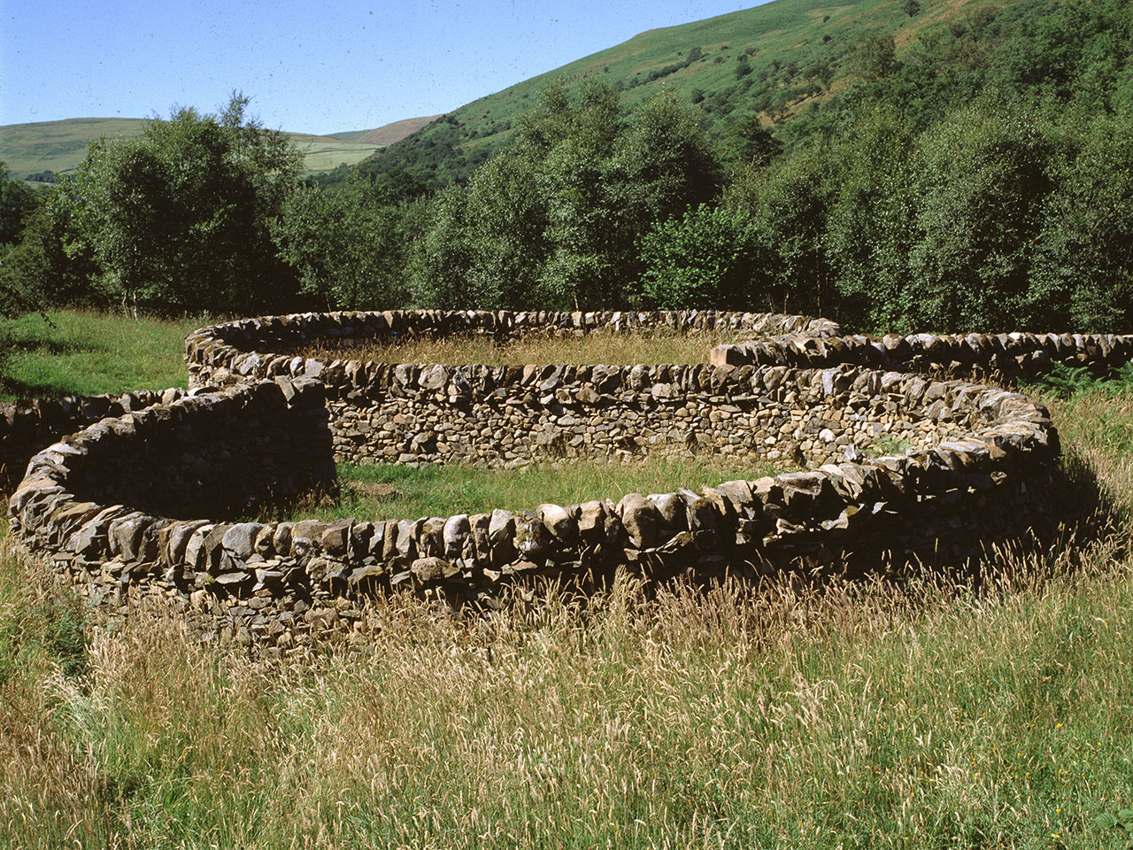 Give and Take Wall - Andy Goldsworthy
